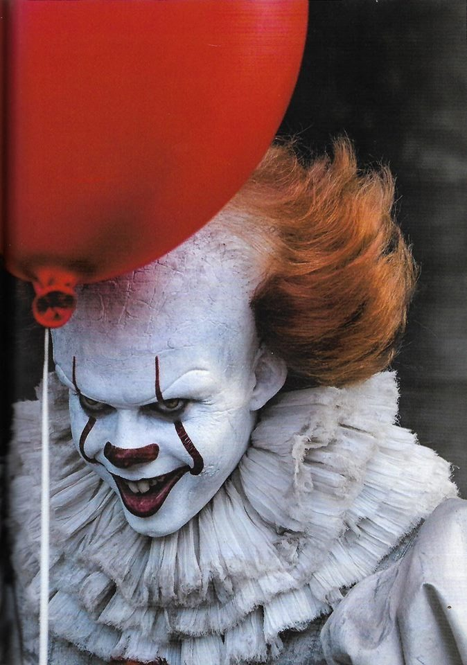 pennywise - Stephen King's IT - New Look at Pennywise and MORE!
