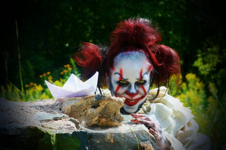 jacquielanternit BoatRock - Jacquie Lantern Returns With a New Pennywise Makeup Tutorial