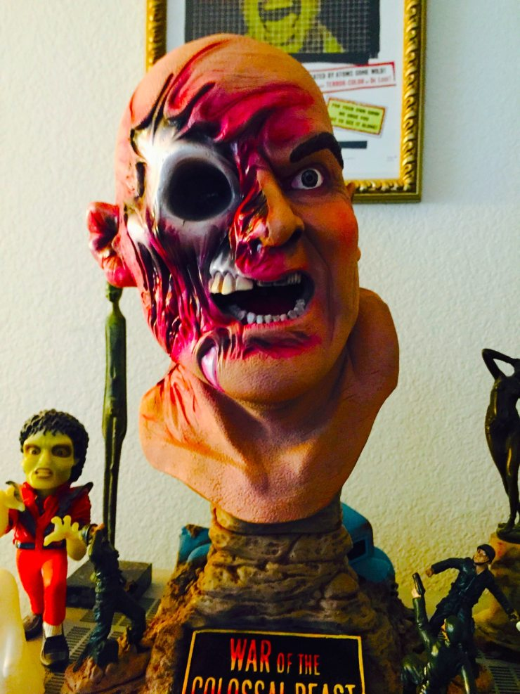 "executive replica beast - Best Horror Christmas Gifts Given and Received - Steve ""Uncle Creepy"" Barton"