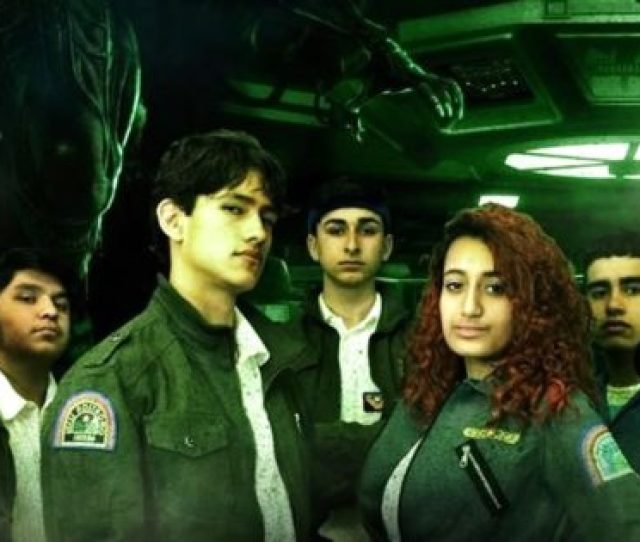 Trailer Coolest High School Drama Class In The World Pulls Off Stage Production Of Alien