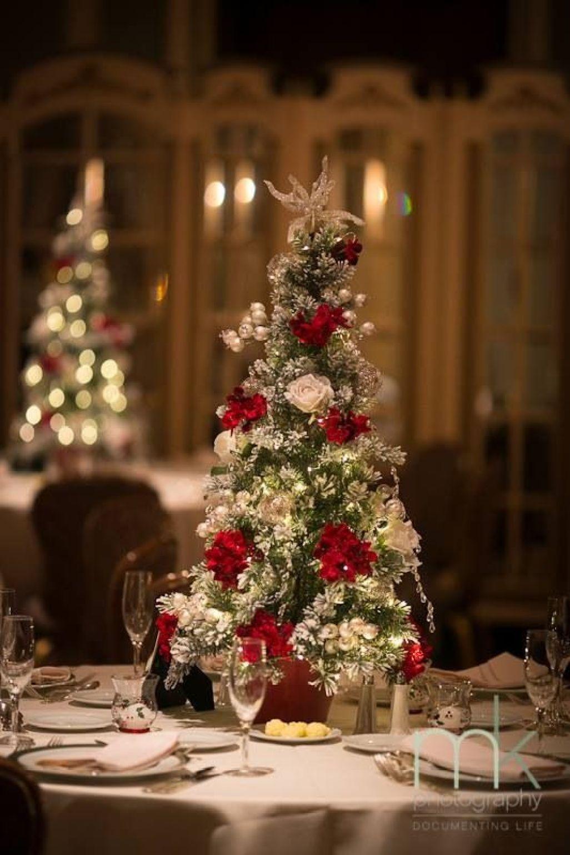 christmas-tree-wedding-centerpiece