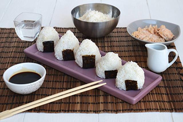 mangiata di onigiri