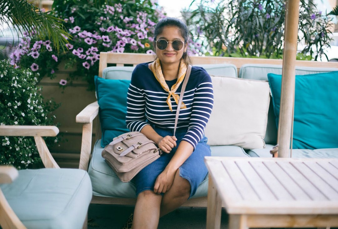 Lifestyle-blogger-Surekha-of-dreaming-loud-sharing-an-ode-to-everyday-stripe