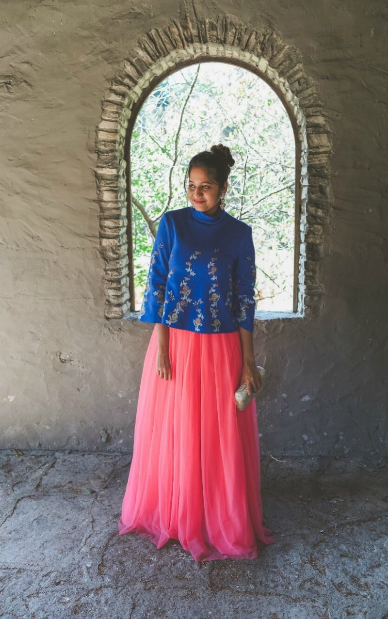 Lifestyle Blogger Surekha of Dreaming Loud sharing Diwali Indian fusion outfit with tulle skirt1