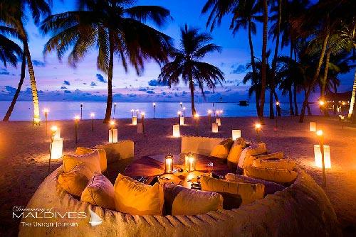 lounge beach chairs keekaroo high chair reviews gili lankanfushi maldives complete review. dreamy resort and top luxury resort. photos ...