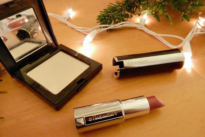 Laura Mercier Translucent Powder + Givenchy Lipstick
