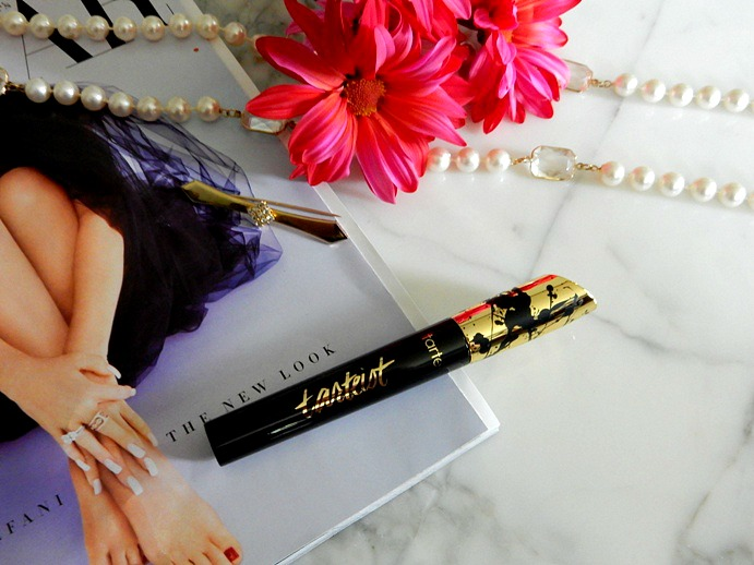 Tarte's 'Tartiest Lash Paint' Mascara Review - Dream in Lace