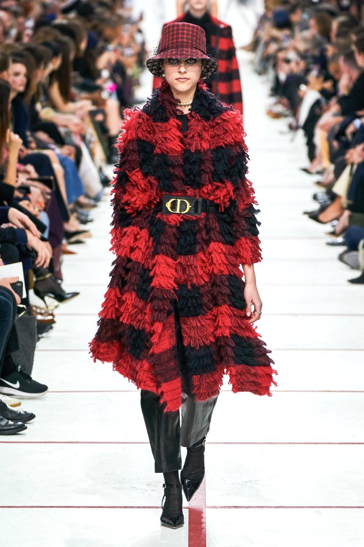 Best Paris Fashion Week Looks - Christian Dior Fall 2019 Runway Collection #PFW #FashionWeek