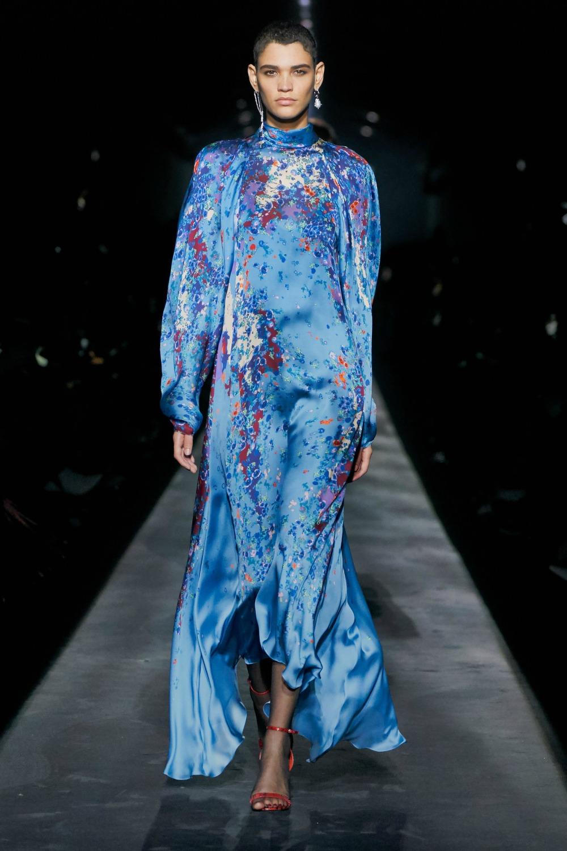 Best Paris Fashion Week Looks - Givenchy Fall 2019 Runway Collection #PFW #FashionWeek