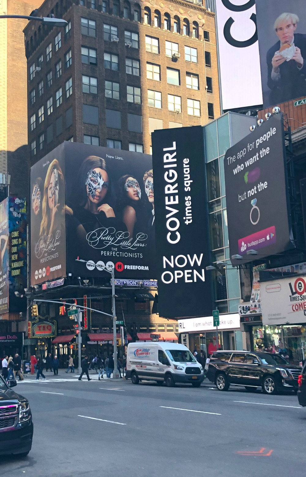 March Book and Film Favorites I Pretty Little Liars The Perfectionists billboard in Times Square #PLL #ThePerfectionists