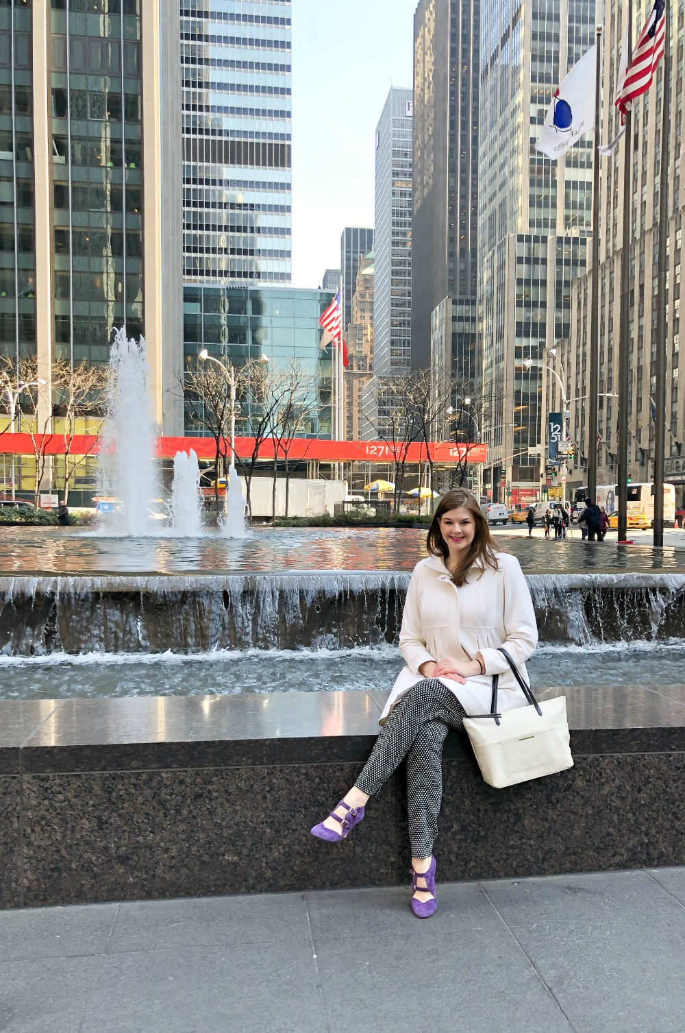 Affordable New York City Travel Guide I Radio City Music Hall #Travel #TravelGuide #NYC
