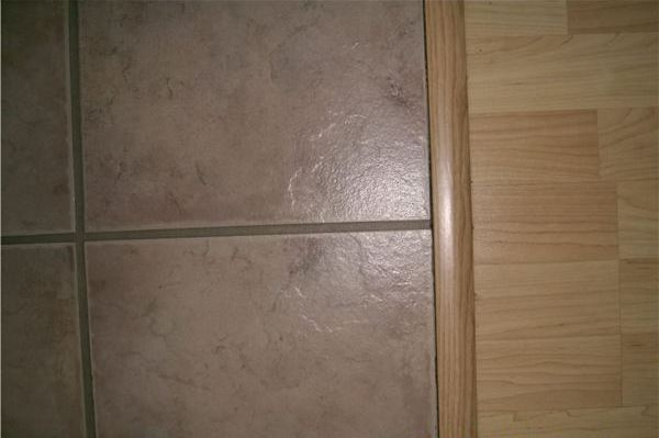 transitioning ceramic tile to wooden floor