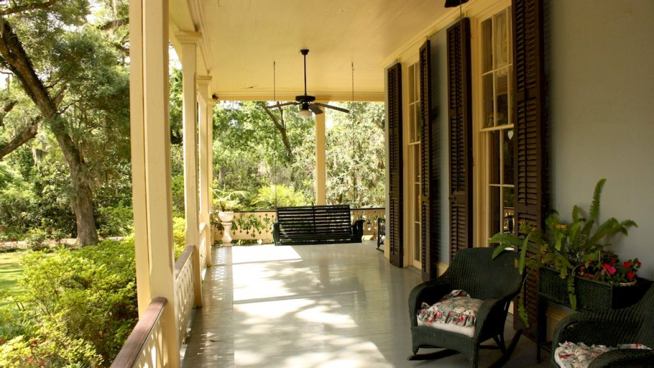 8 awesome porch ceiling ideas to