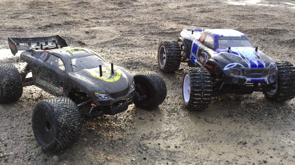 Desert Truggy vs. Strada MT Evo