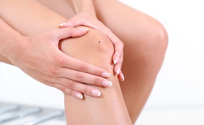 moles on knee superstitions meaning astrology