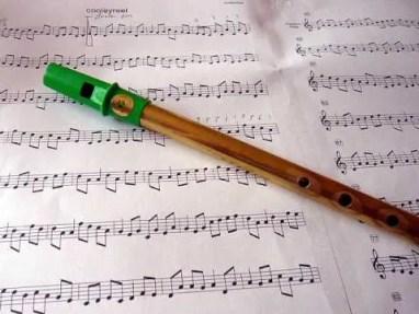 irish-whistle-music-ireland-fathers-day-travel