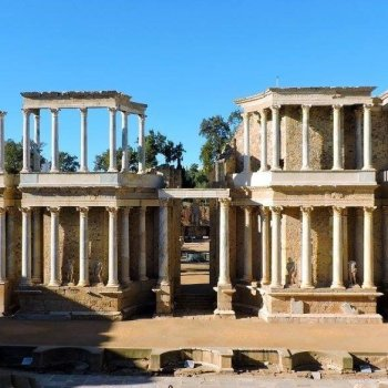 tour ruins in extremadura