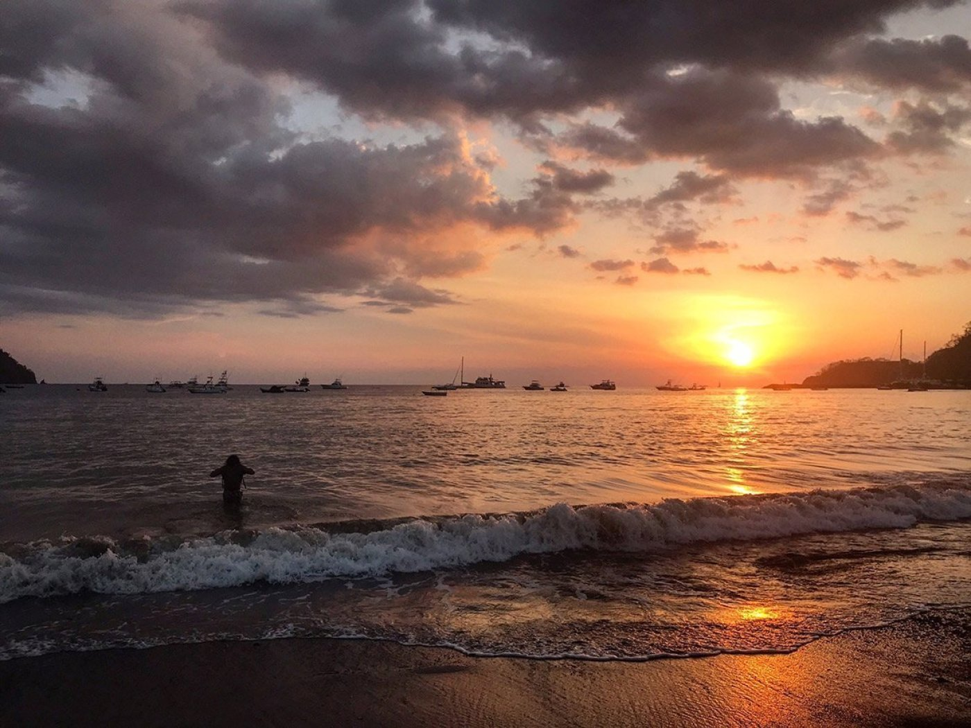 costa rican beach and sunset