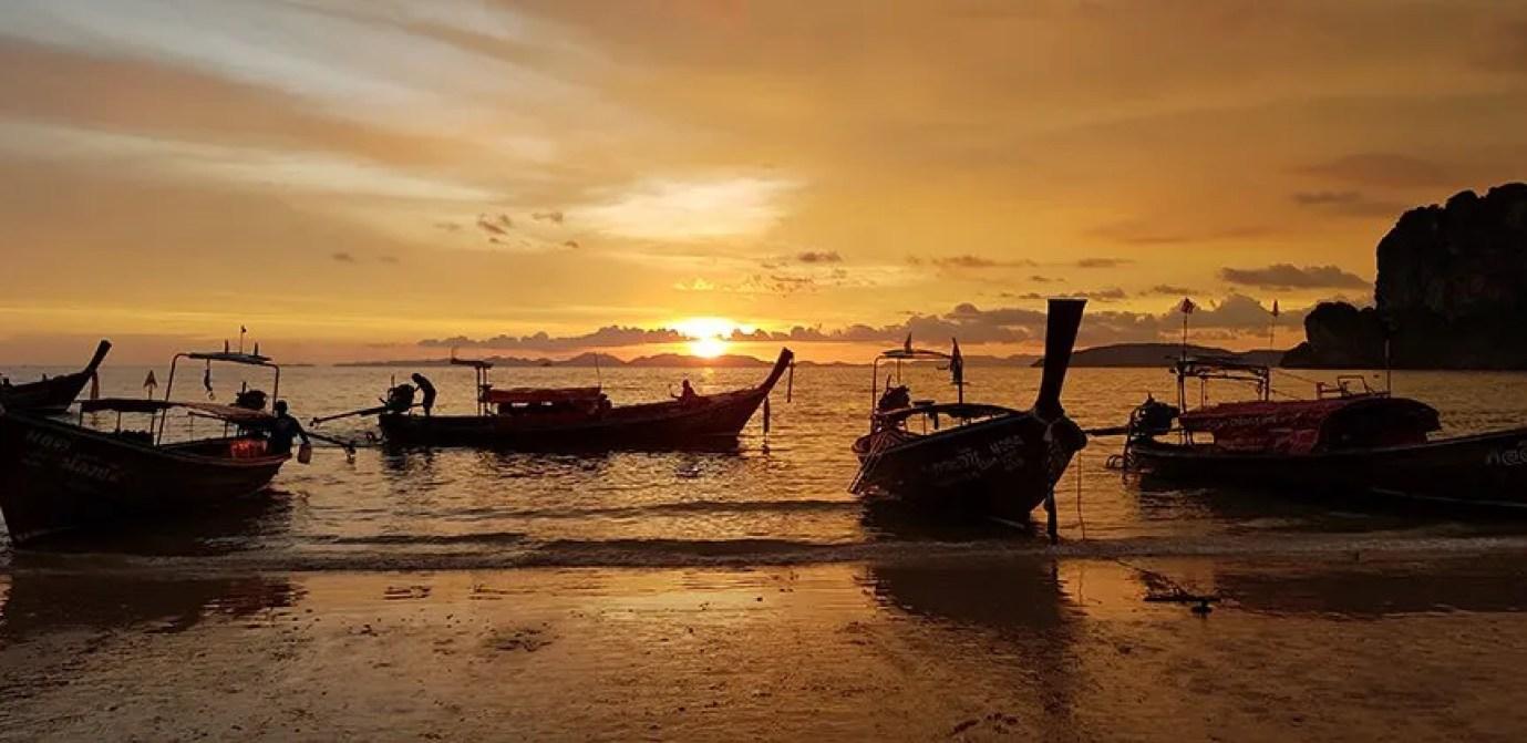 Krabi sunset teach in thailand
