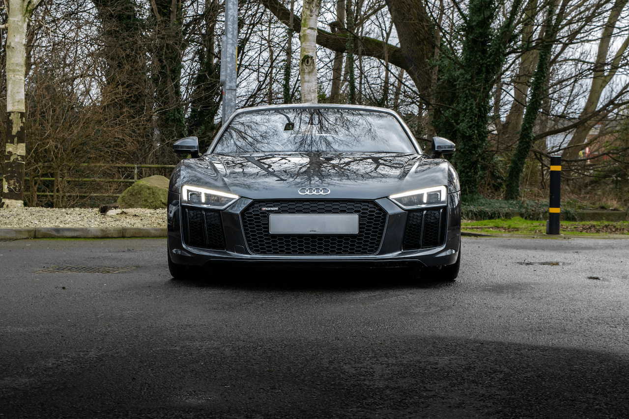 R8 front