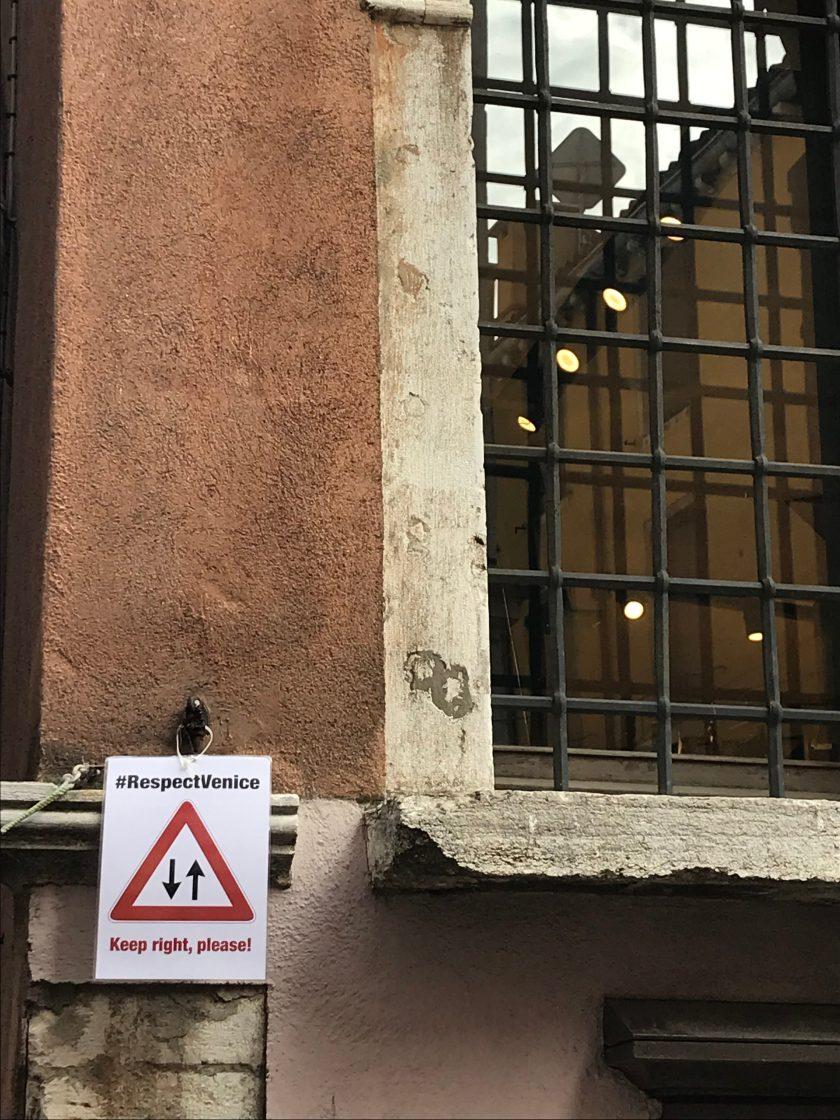 Venezia_keepright please #respectvenice