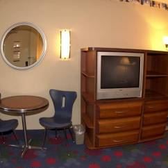 Chair That Opens Into A Bed Round Swivel For Sale Disney's All Star Music Resort Family Suites