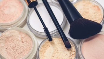 Chrimaluxe Italia il make up minerale composto da polveri minerali