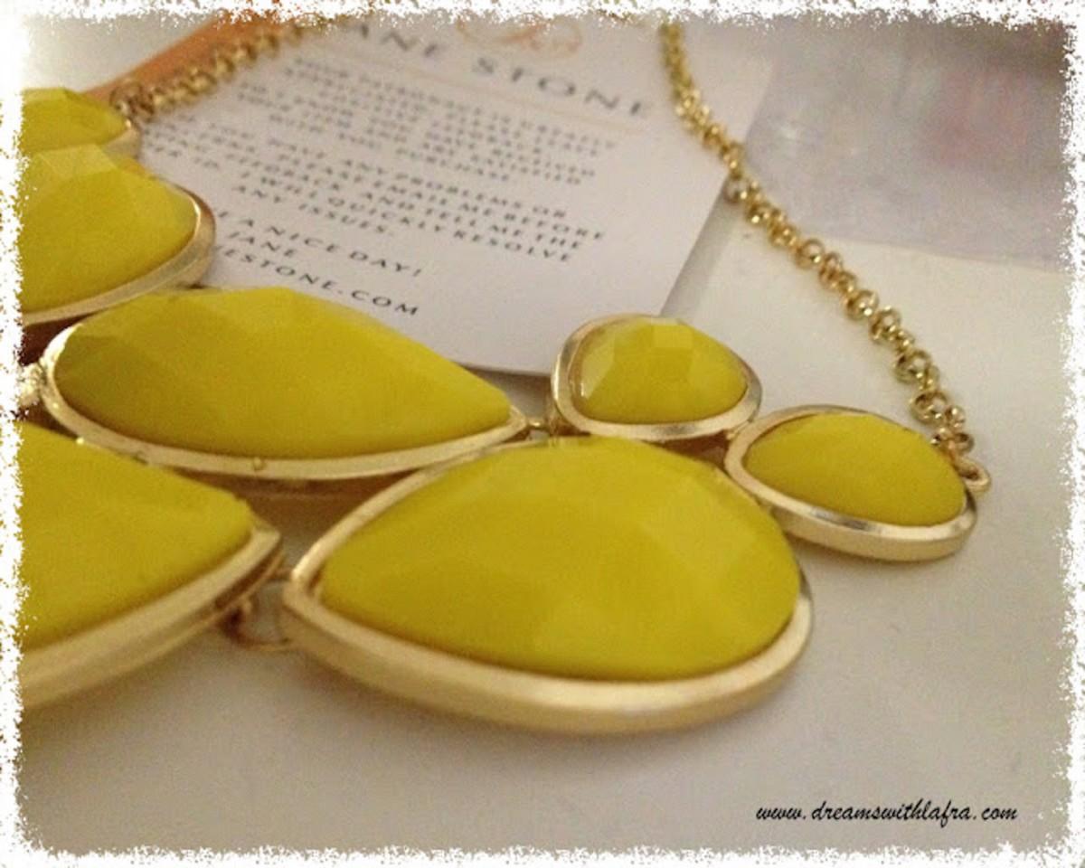 Come indossare il giallo nei gioielli