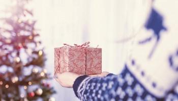 Regali di Natale per persone speciali. Cosa scegliere?