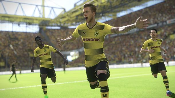 PES 2018's gameplay is slower and more tactical than last year's game