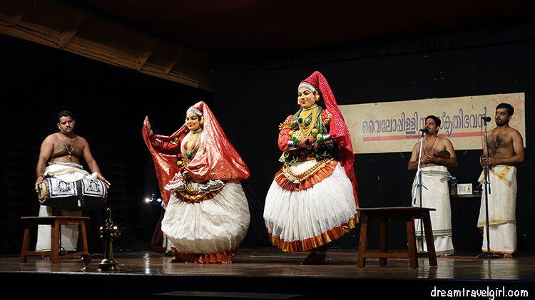 India_Khatakali01