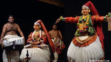 Khatakali: traditional theatre dance from Kerala
