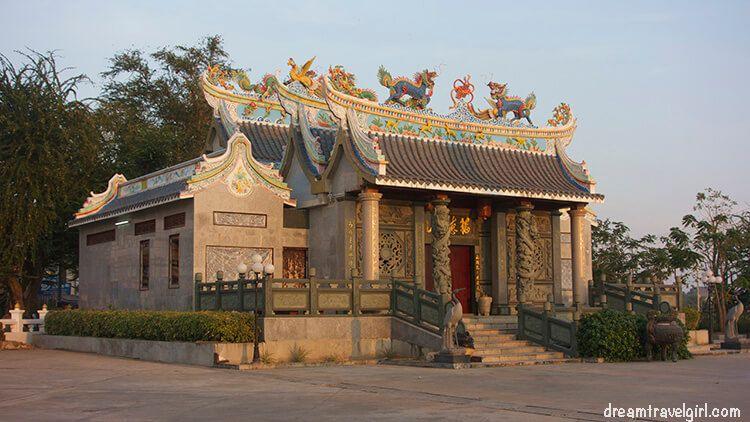 Laos_Vientiane_evening