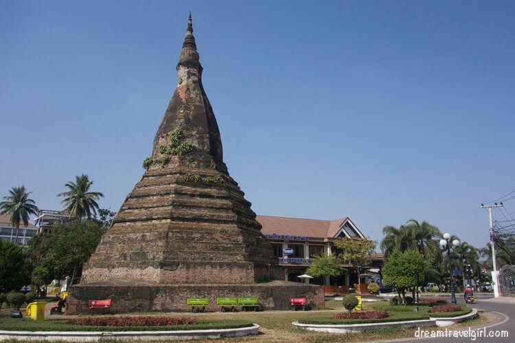 Laos_Vientiane_street04