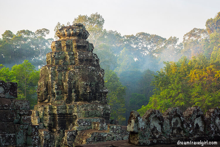Bayon temple, early morning
