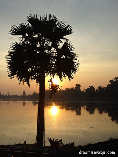 Sras Srang after sunrise