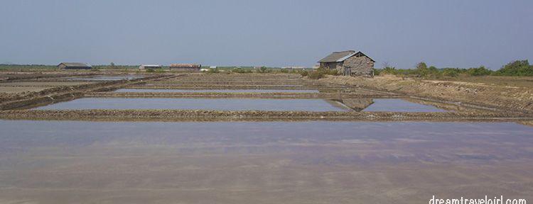 Cambodia_Kampot_salt-fields05