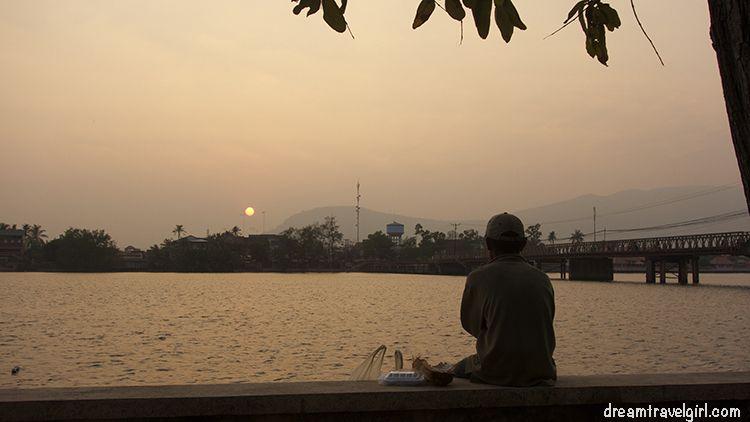Cambodia_Kampot_sunset-river-bridge