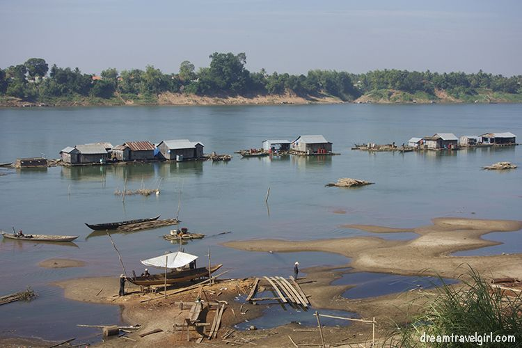 Cambodia_Kratie_Koh-Trong_floating-village7