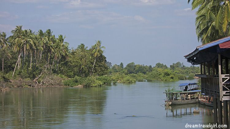 Laos_4000islands_Don-Khon1