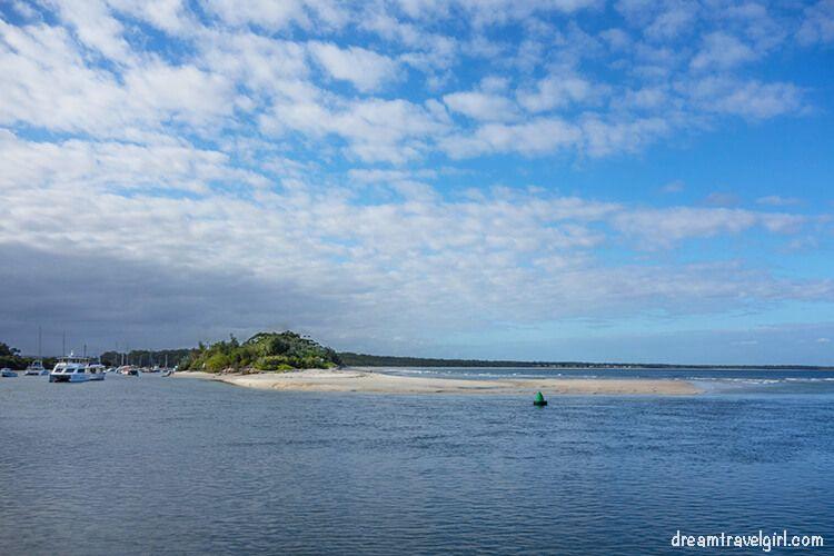 Australia_Jervis-Bay_Huskisson_beach1