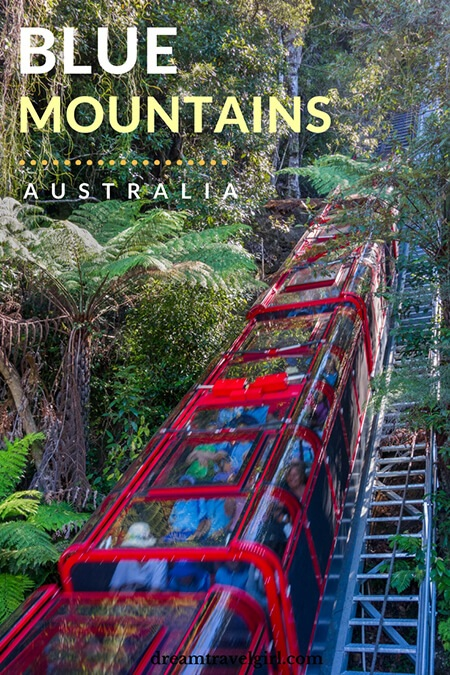 Australia travel: The Blue Mountains are located only 2h by train from Sydney, Australia. It's the only place I've been that it's both a National Park and an amusement park: there is a skyway, a cable car and a railway that are attractions by themselves.