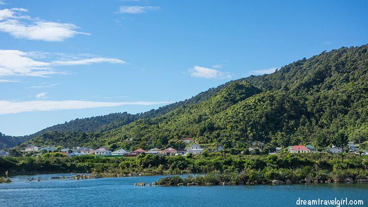 New-Zealand_TranzAlpine19_Greymouth