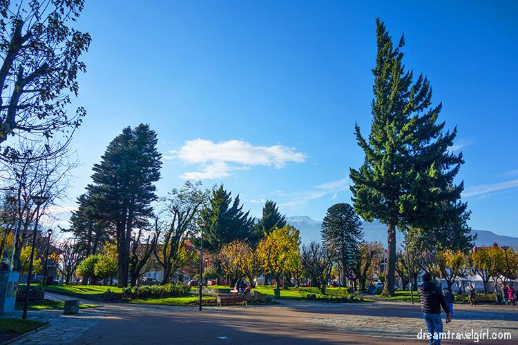 Chile_Patagonia_Coyhaique_plaza