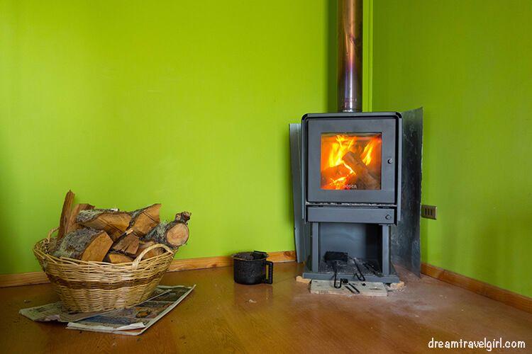 Chile_Patagonia_Coyhaique_wood-burning-stove