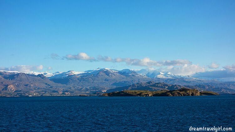 Chile_Patagonia_lago-General-Carrera01
