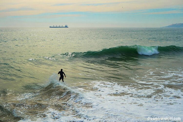 no wonder some people practice surf!