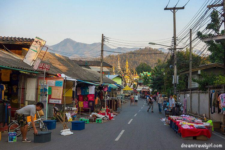 Preparing the night market