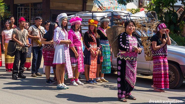 Mae Chaem: a parade?
