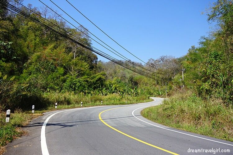 Northern Thailand road trip: more curves